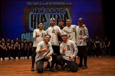 Street Dance Crews through to Nationals